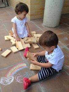 ¡Jugando con los bloques!